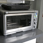 Convection oven for cakes